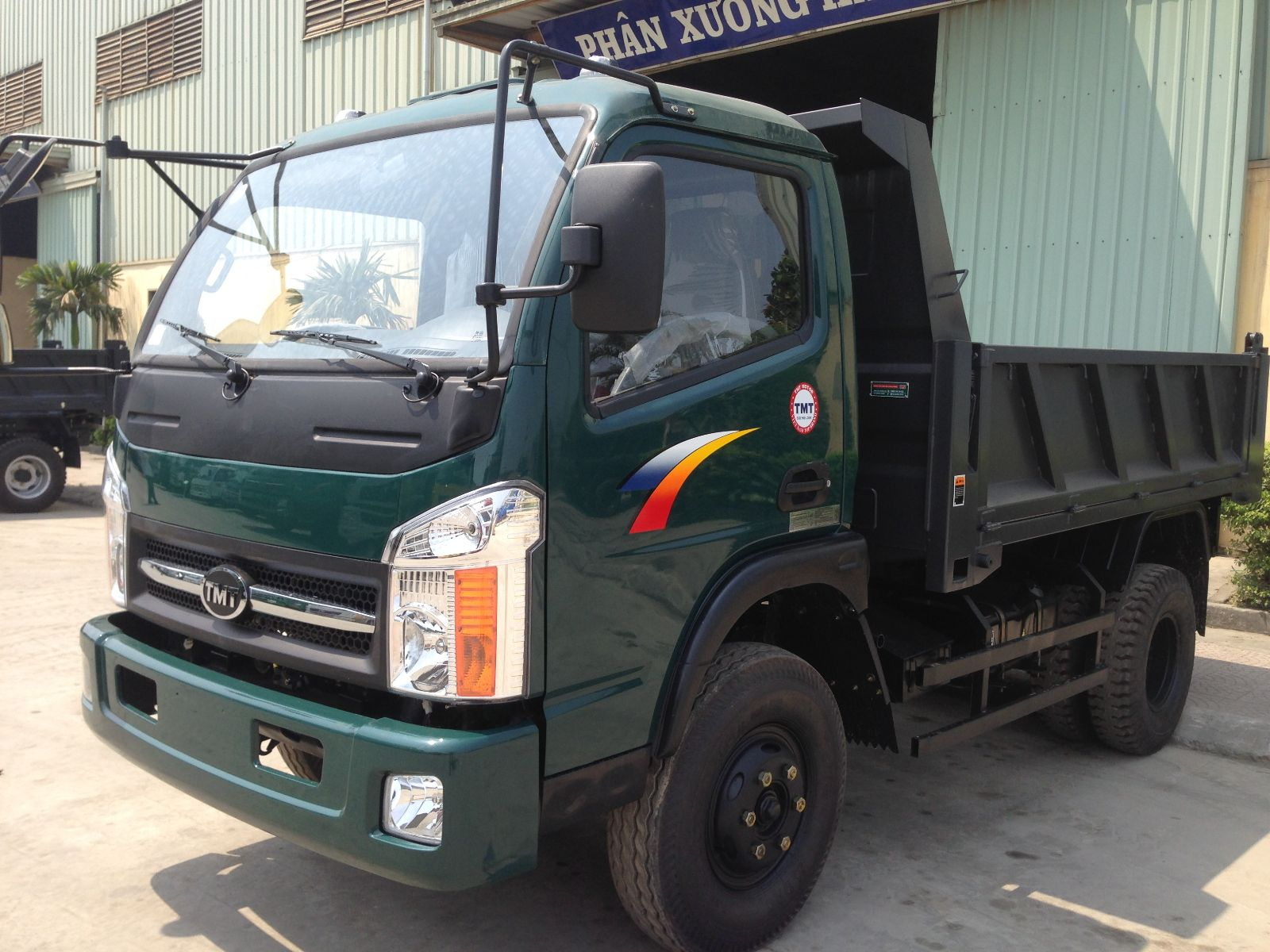 BEN CỬU LONG 2T5 KC6025D 81PS